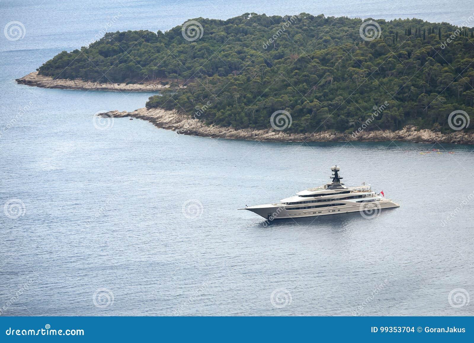 Яхта Kismet в Адриатическом море