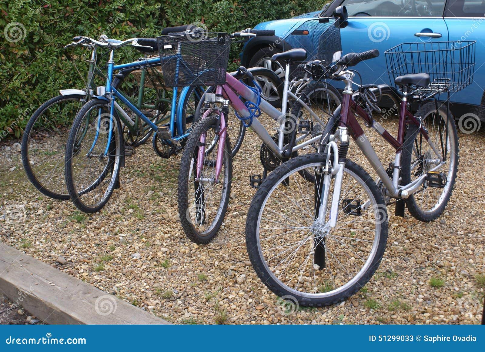 循环停车场 骑自行车停车场