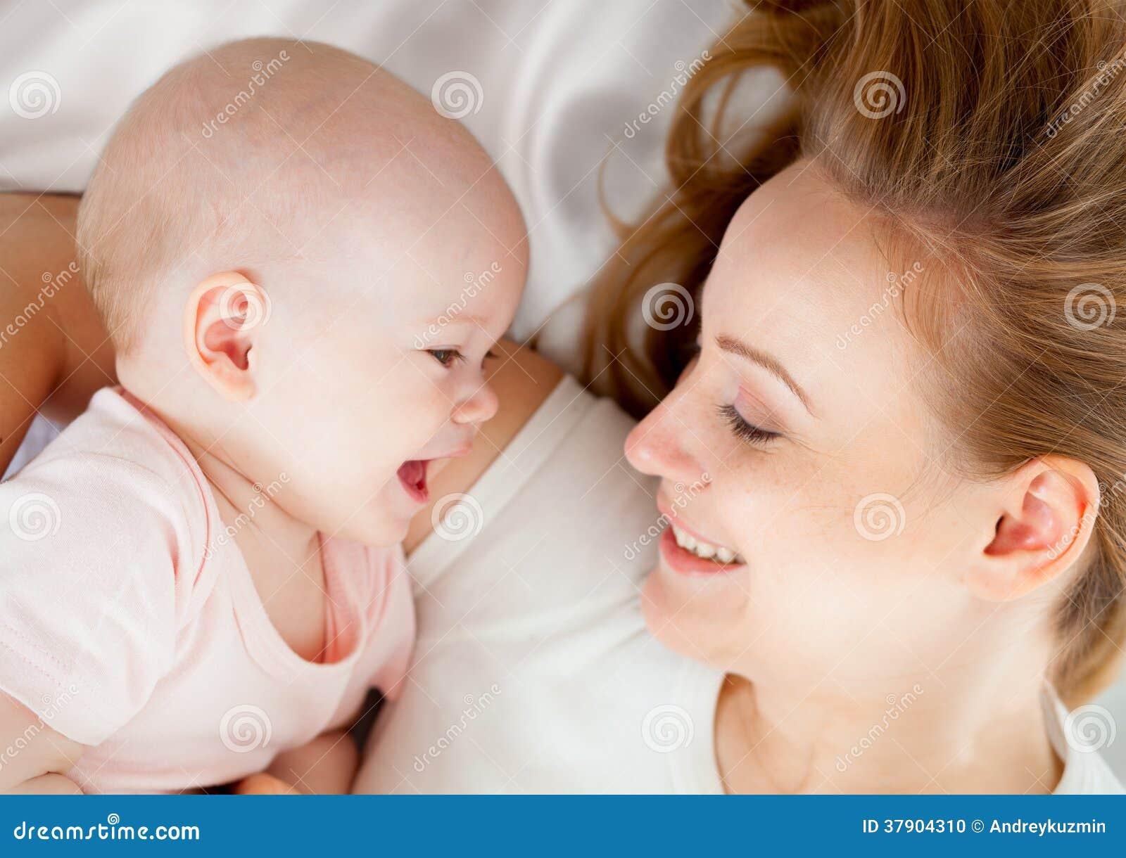 年轻的母亲3女主演