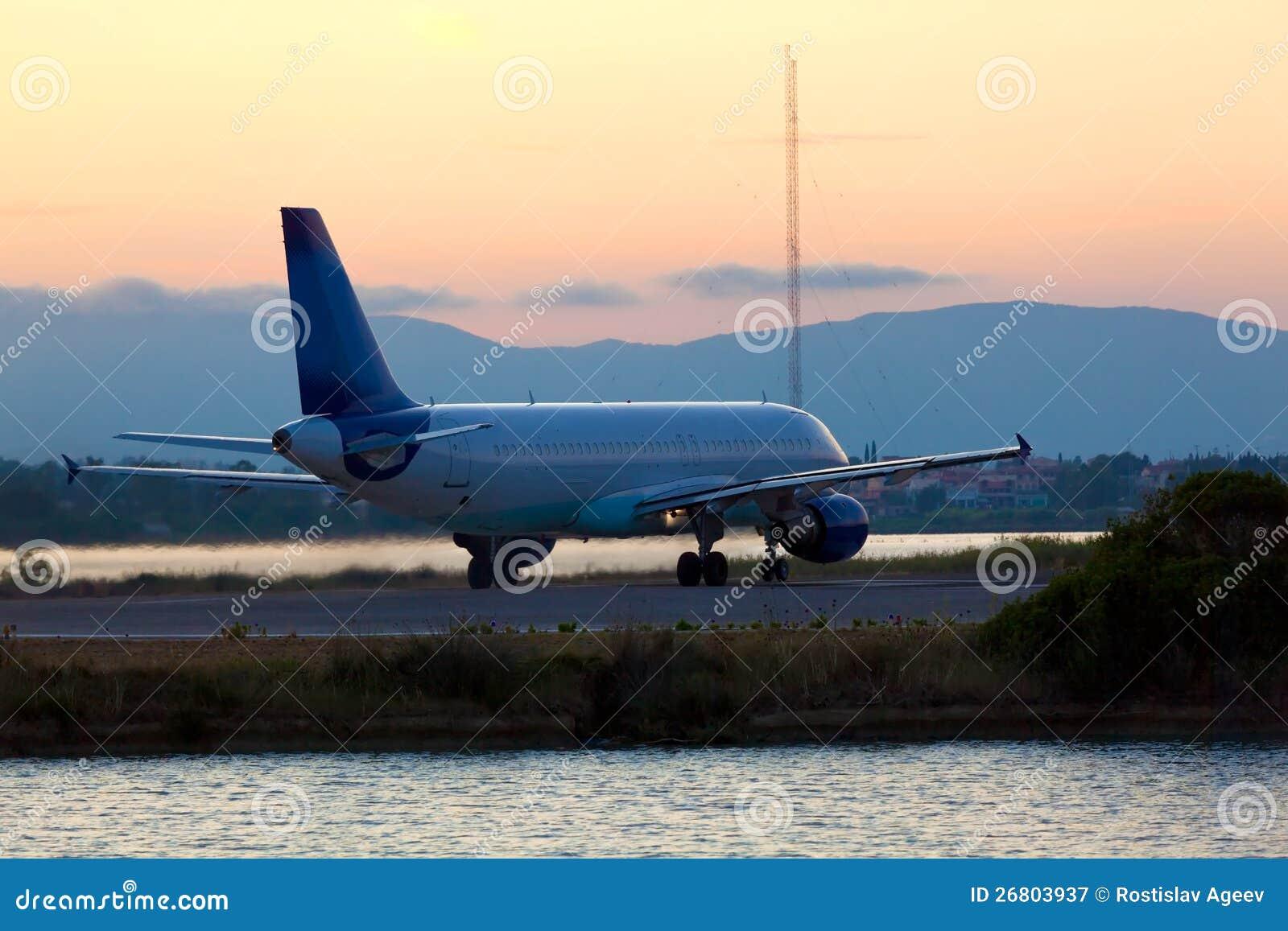 在起飞之前的飞机