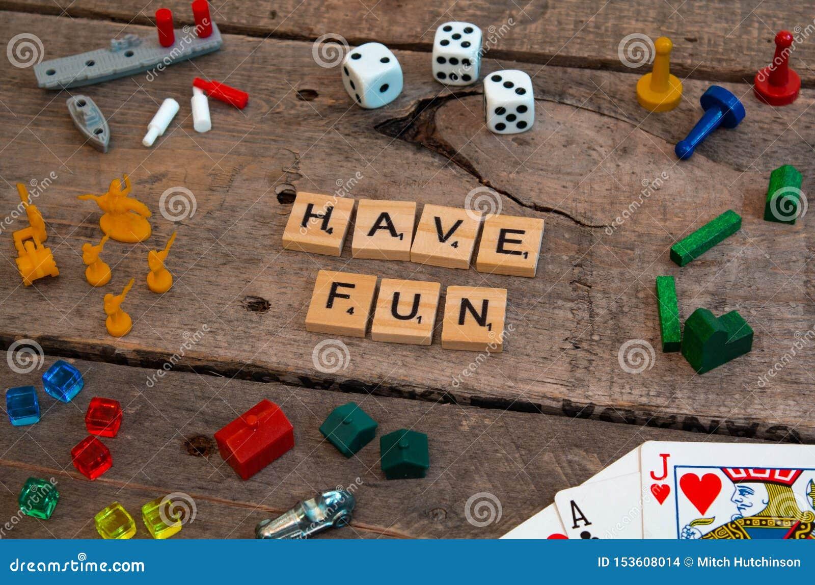 'Haben Sie Spaß 'gemacht von den Scrabblespielbuchstaben
