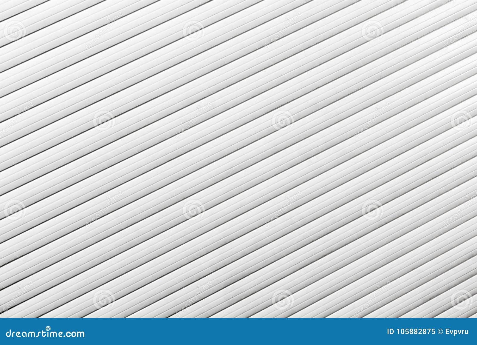 一个白色窗口特写镜头的窗帘