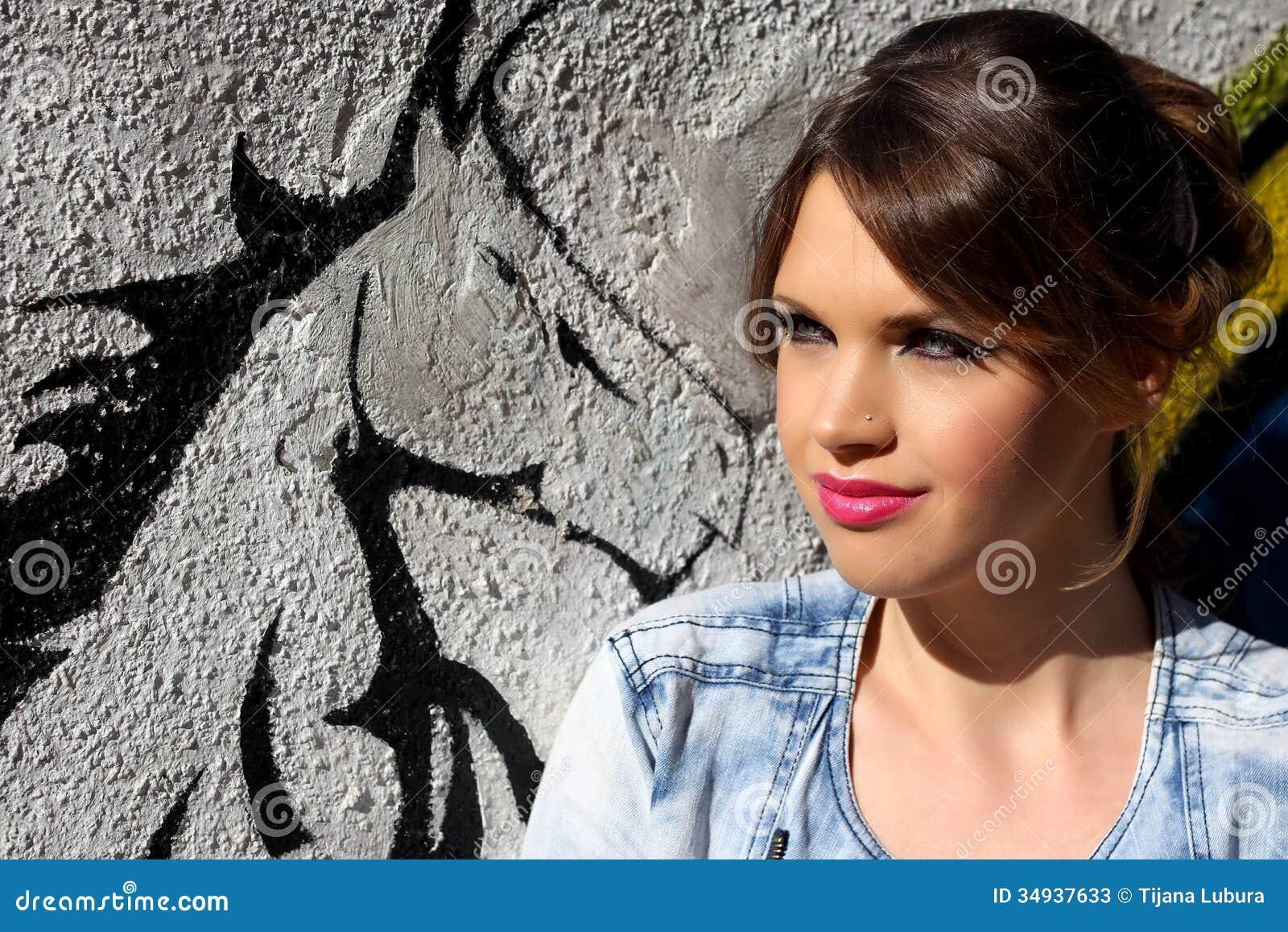 一个美丽的女孩的画象