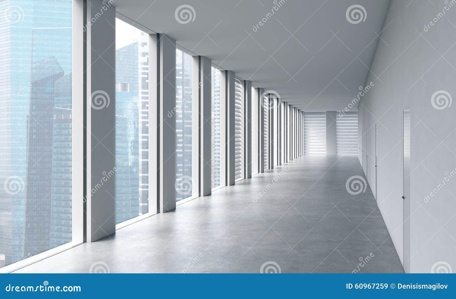 一个露天场所办公室的空的现代明亮的干净的内部 巨大的全景窗口有新加坡视图 豪华空间的概念