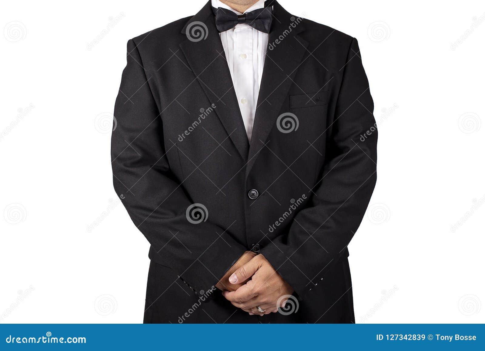 一套黑无尾礼服的绅士