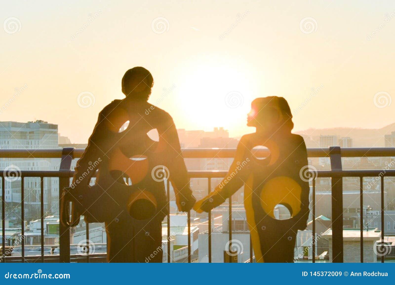 一对夫妇的雕塑在naksan公园