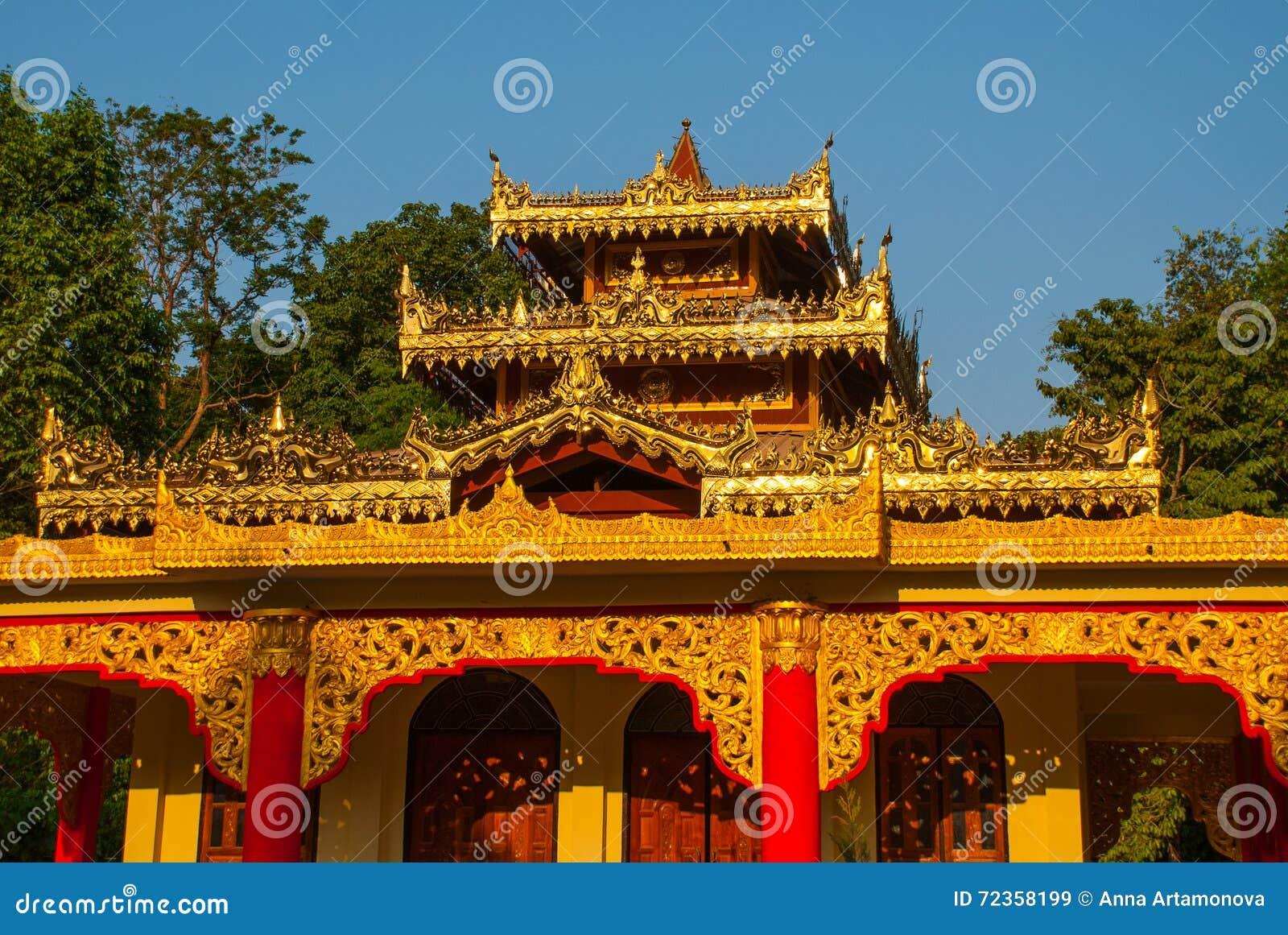 一座小的塔 Hpa-An,缅甸 缅甸