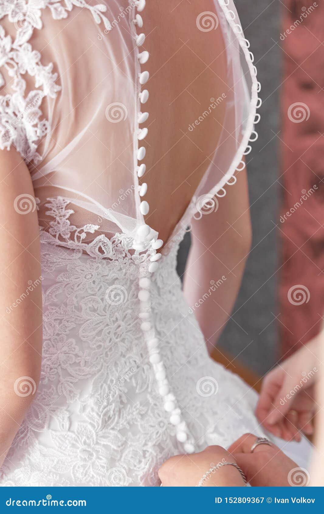 一美丽的婚纱的新娘 成套装备女孩