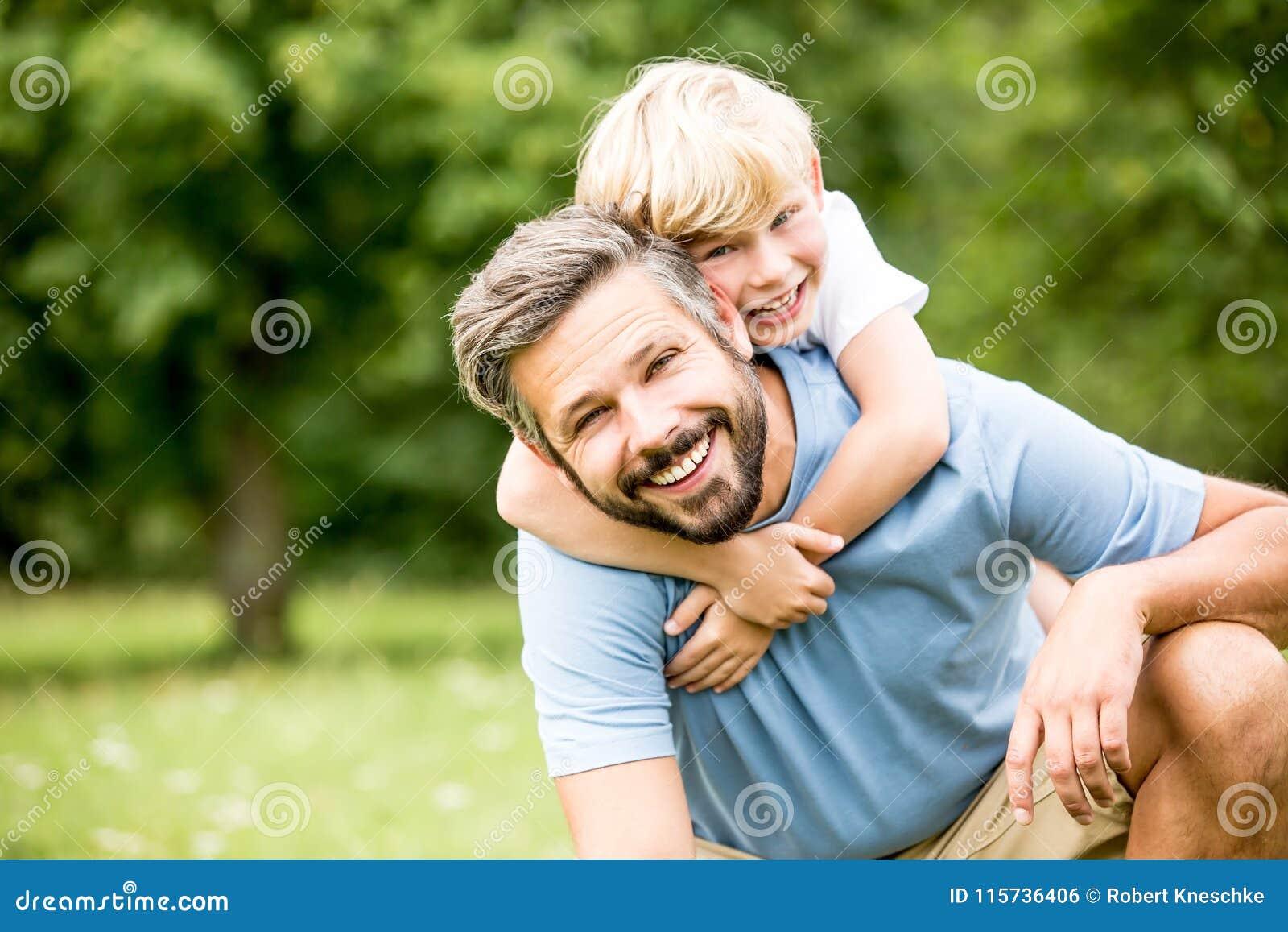 一起父亲儿子