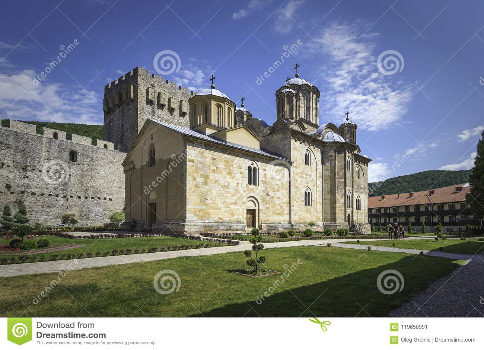 三位一体教会在修道院Manasija里面的
