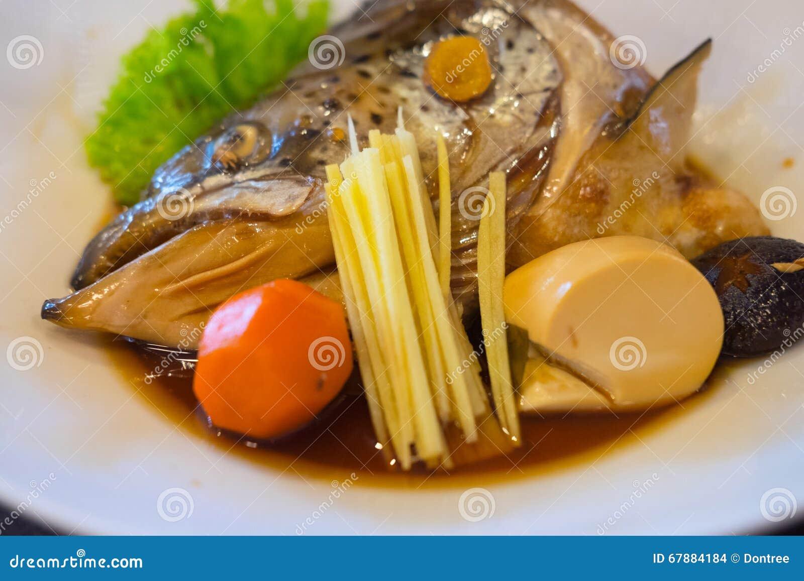 三文鱼Kabutoni或被蒸的三文鱼头