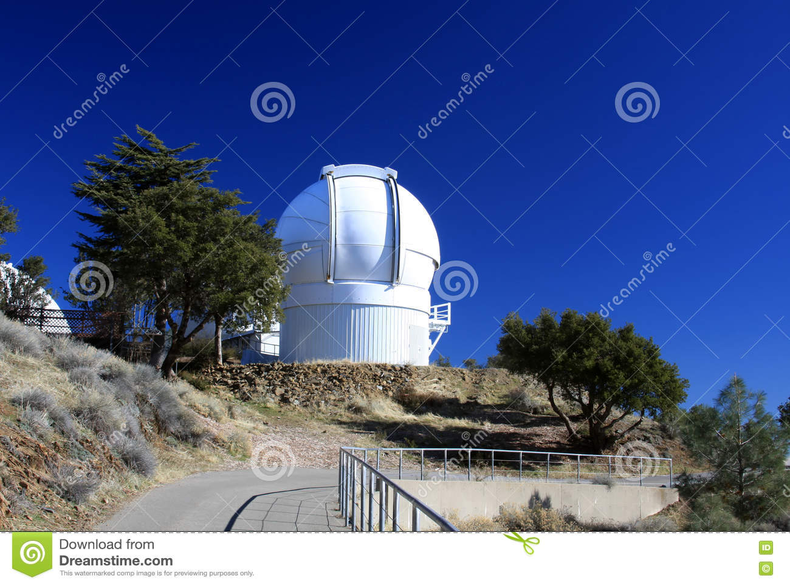 登上哈密尔顿望远镜