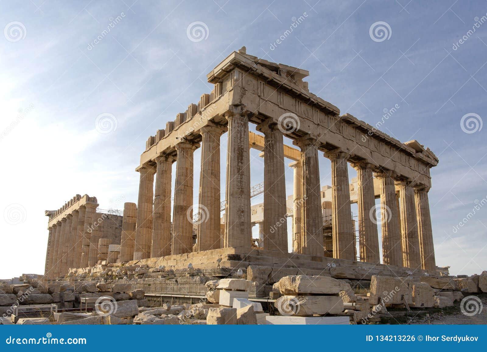上城的,雅典,希腊帕台农神庙 它是雅典的一个主要旅游胜地 雅典古希腊建筑学在夏天