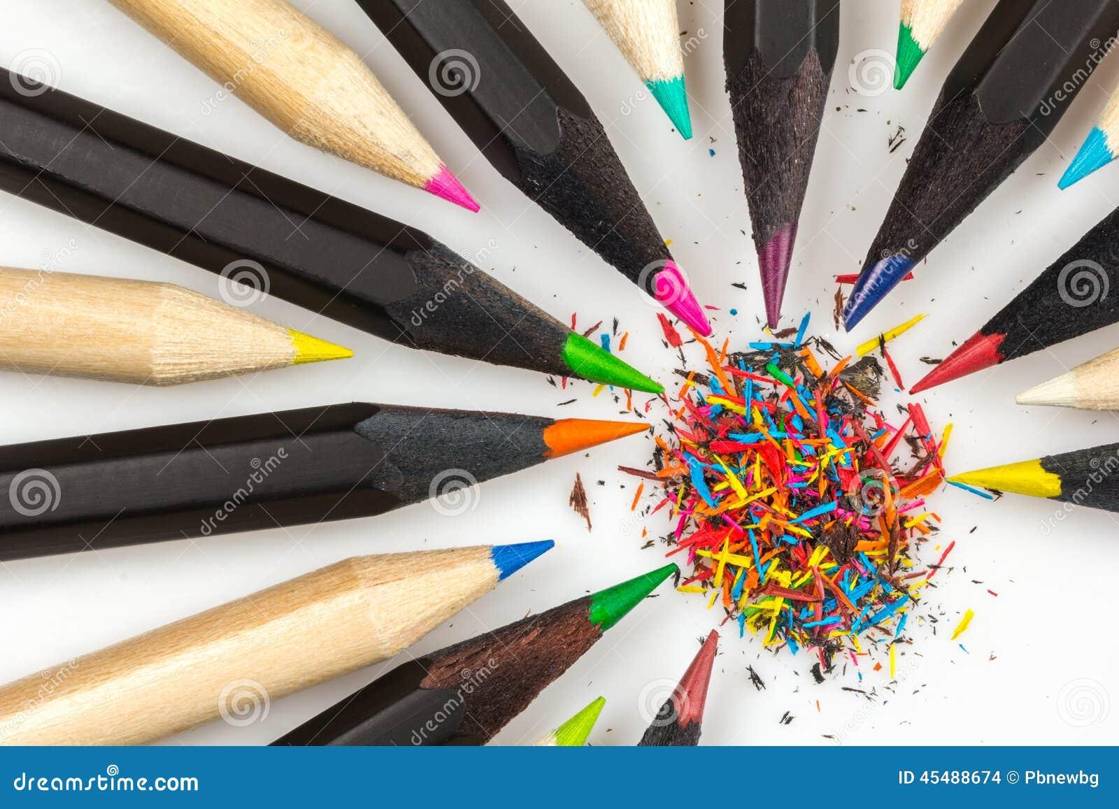 不同的颜色木铅笔
