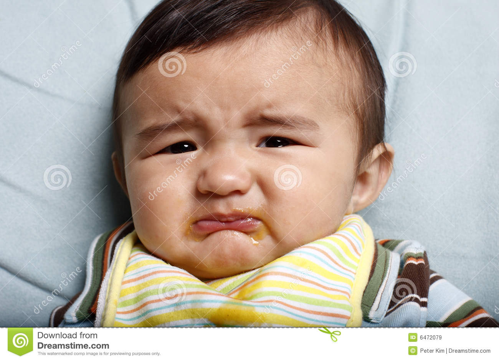 不快乐的婴孩