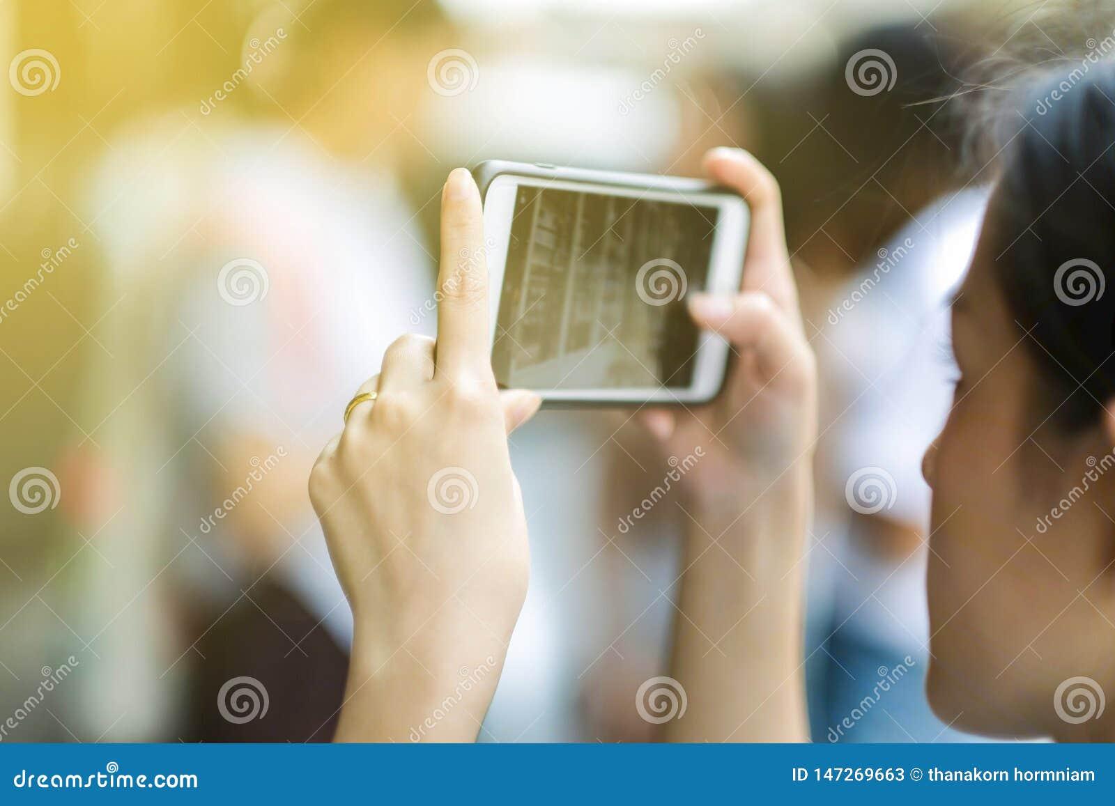 与一个手机的摄影