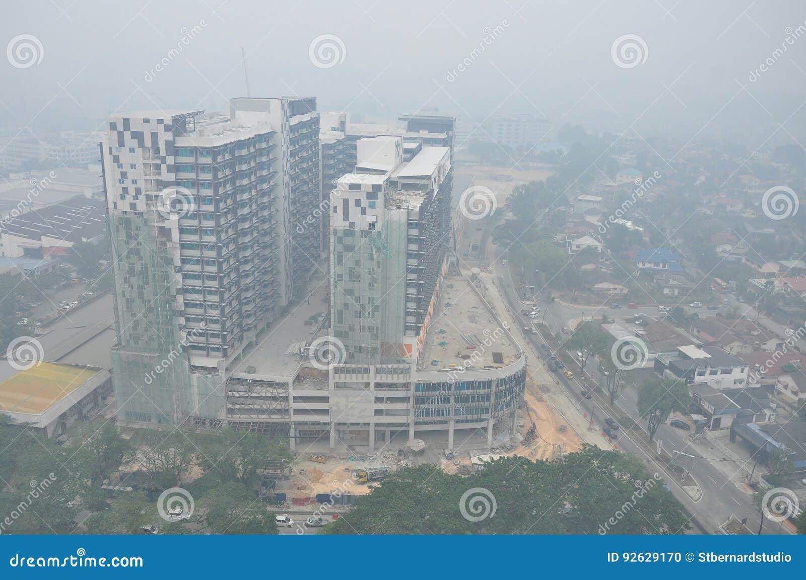 与不良视界的坏阴霾情况在八打灵再也附近的吉隆坡