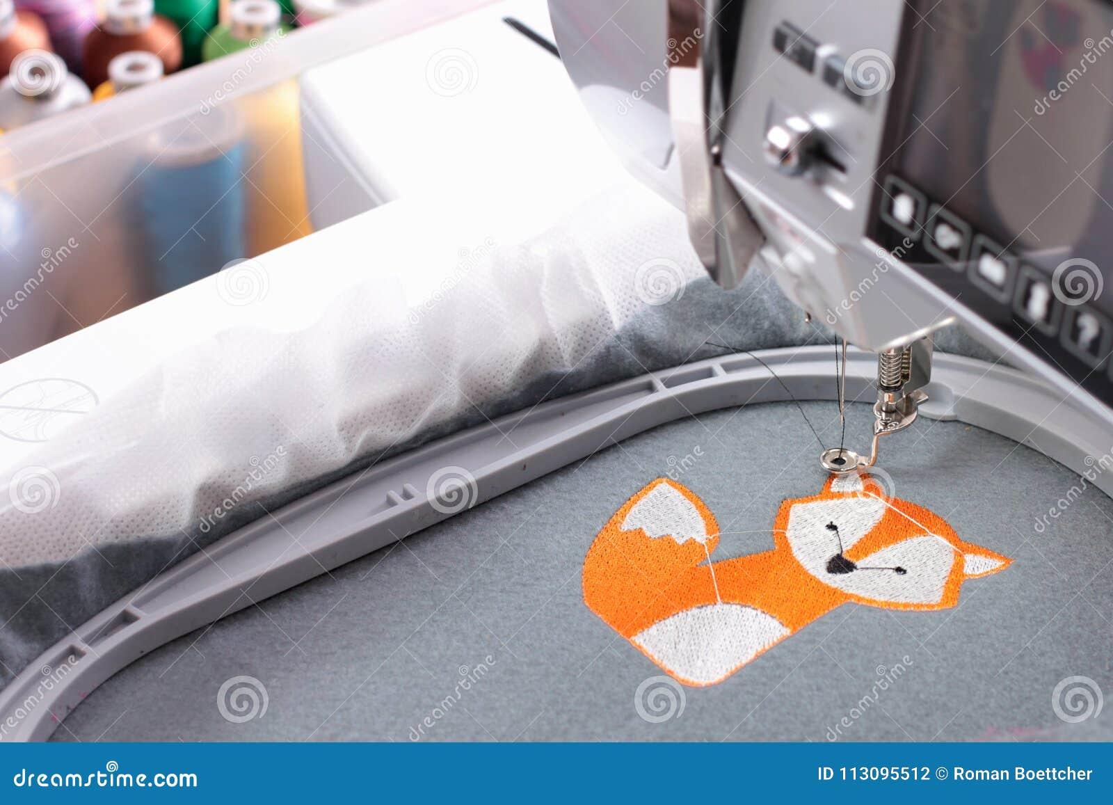 与刺绣机器-狐狸题材的刺绣