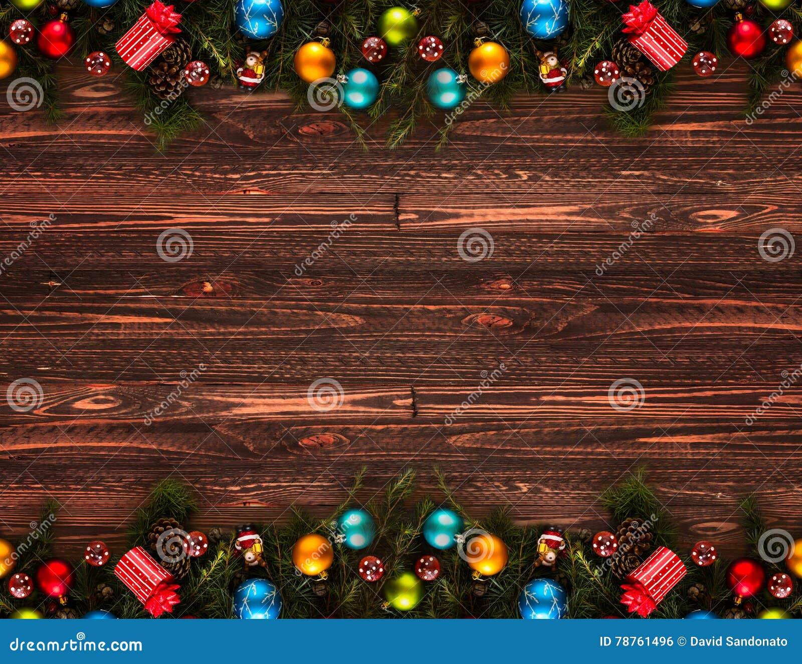 2017年与圣诞节中看不中用的物品的新年快乐季节性背景