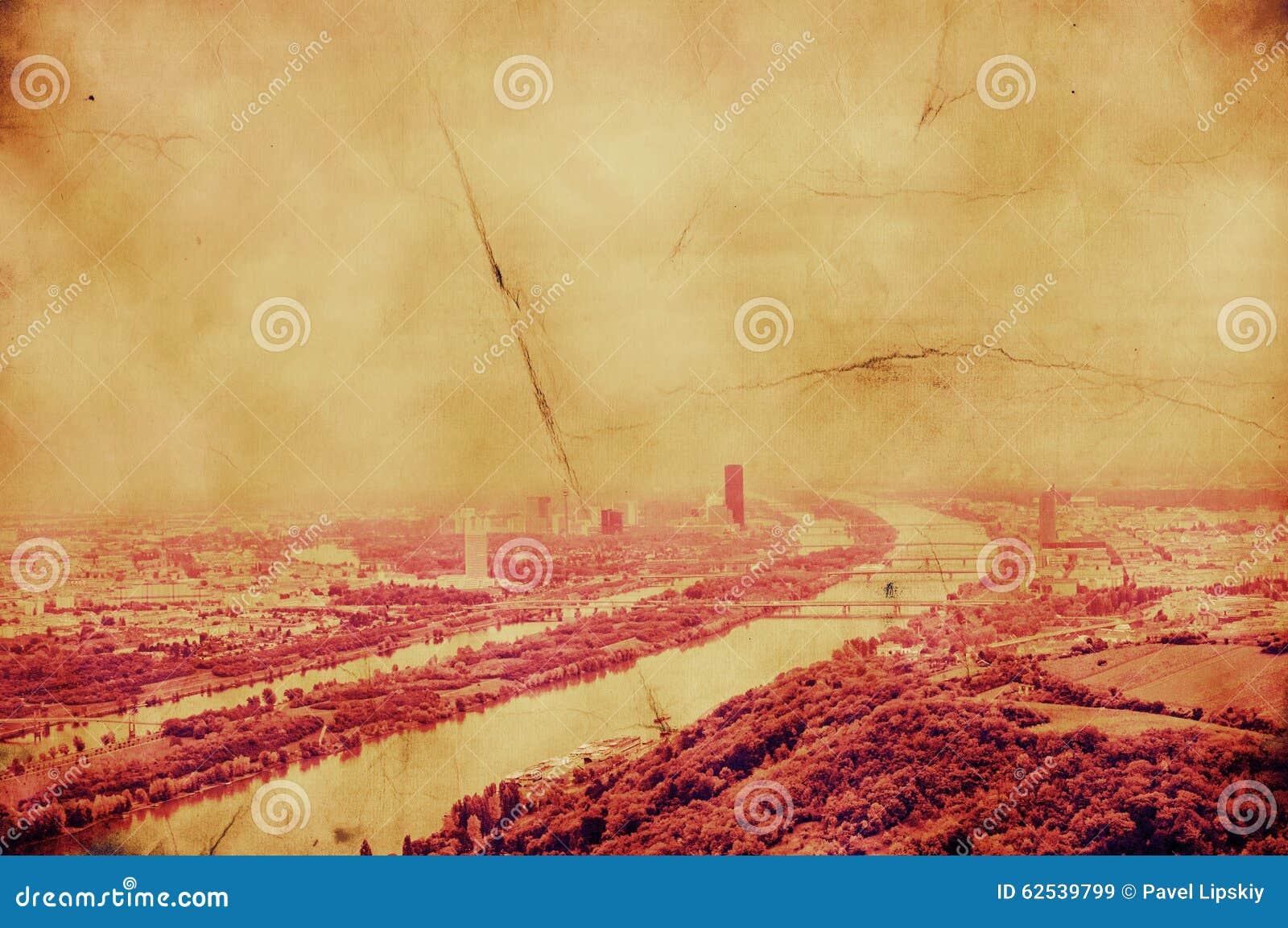 与多瑙河的减速火箭的图象维也纳风景
