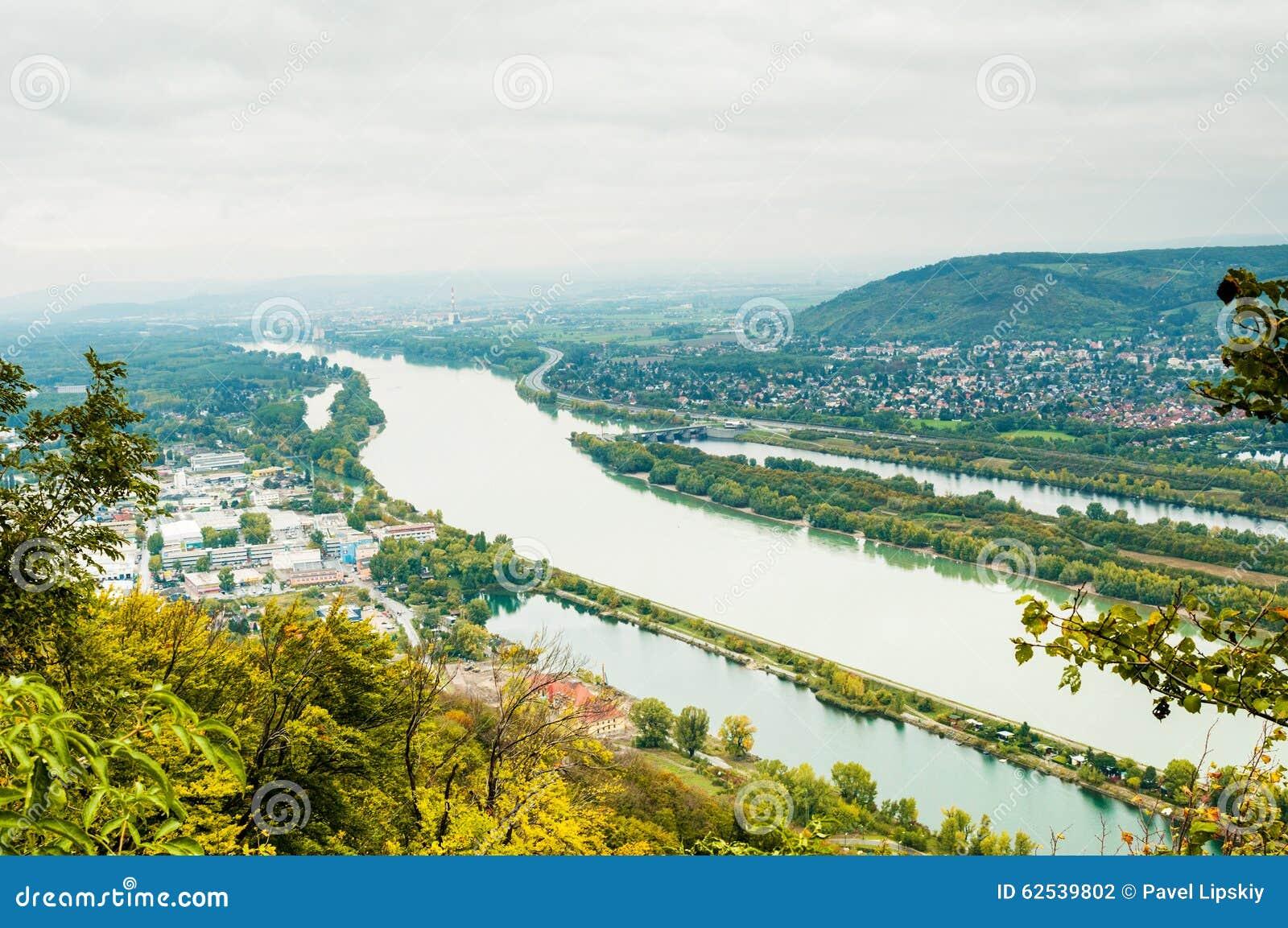 与多瑙河的维也纳风景