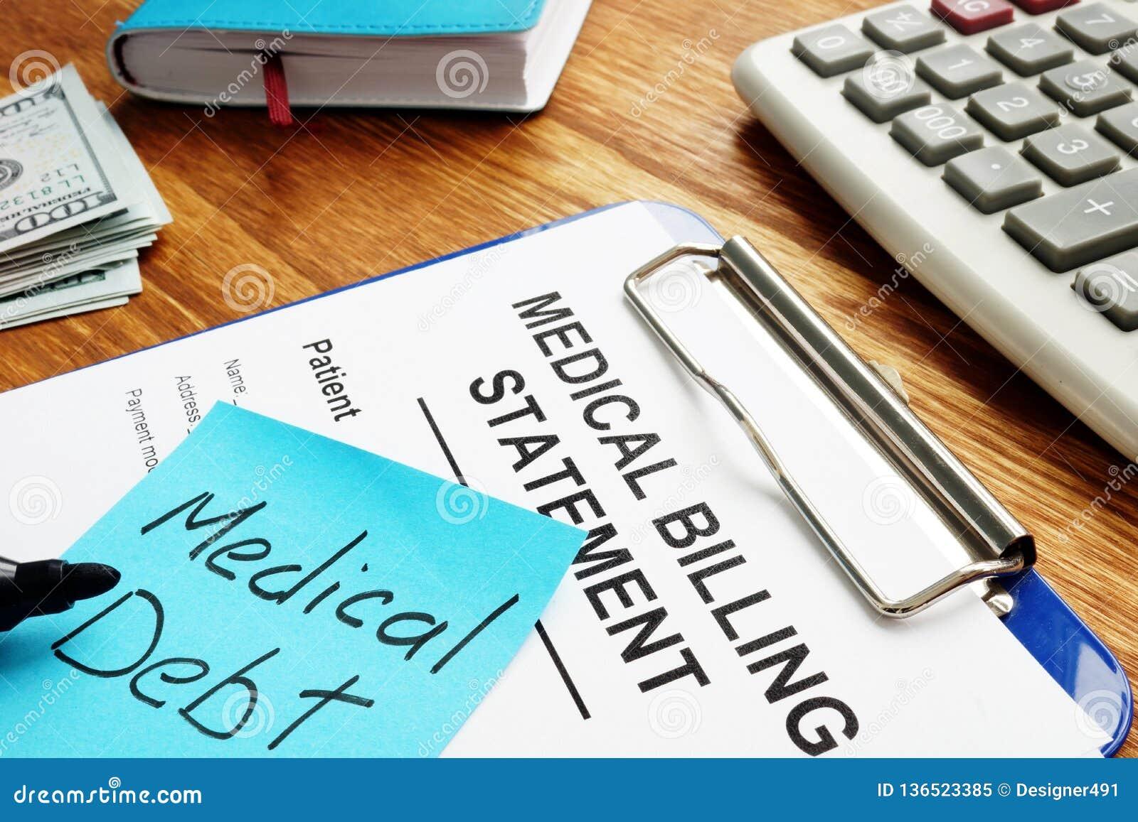 与布告声明的医疗债务与剪贴板