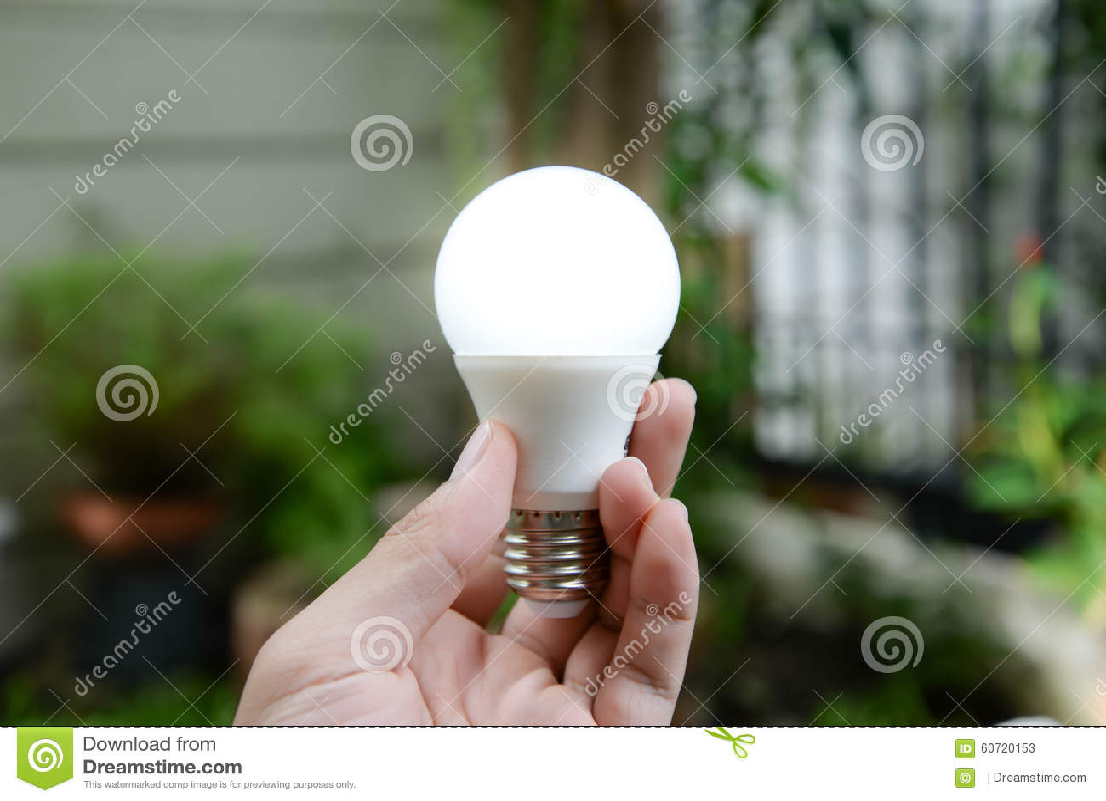 与照明设备-能量新技术的LED电灯泡