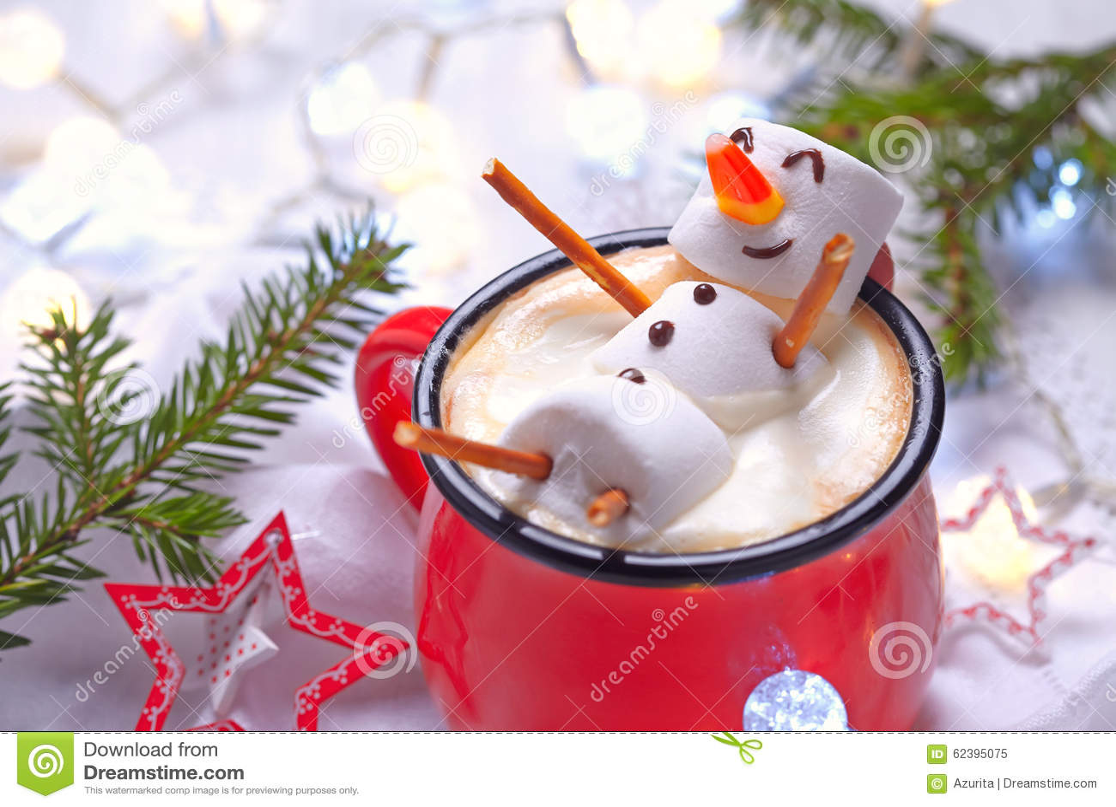 与熔化雪人的热巧克力