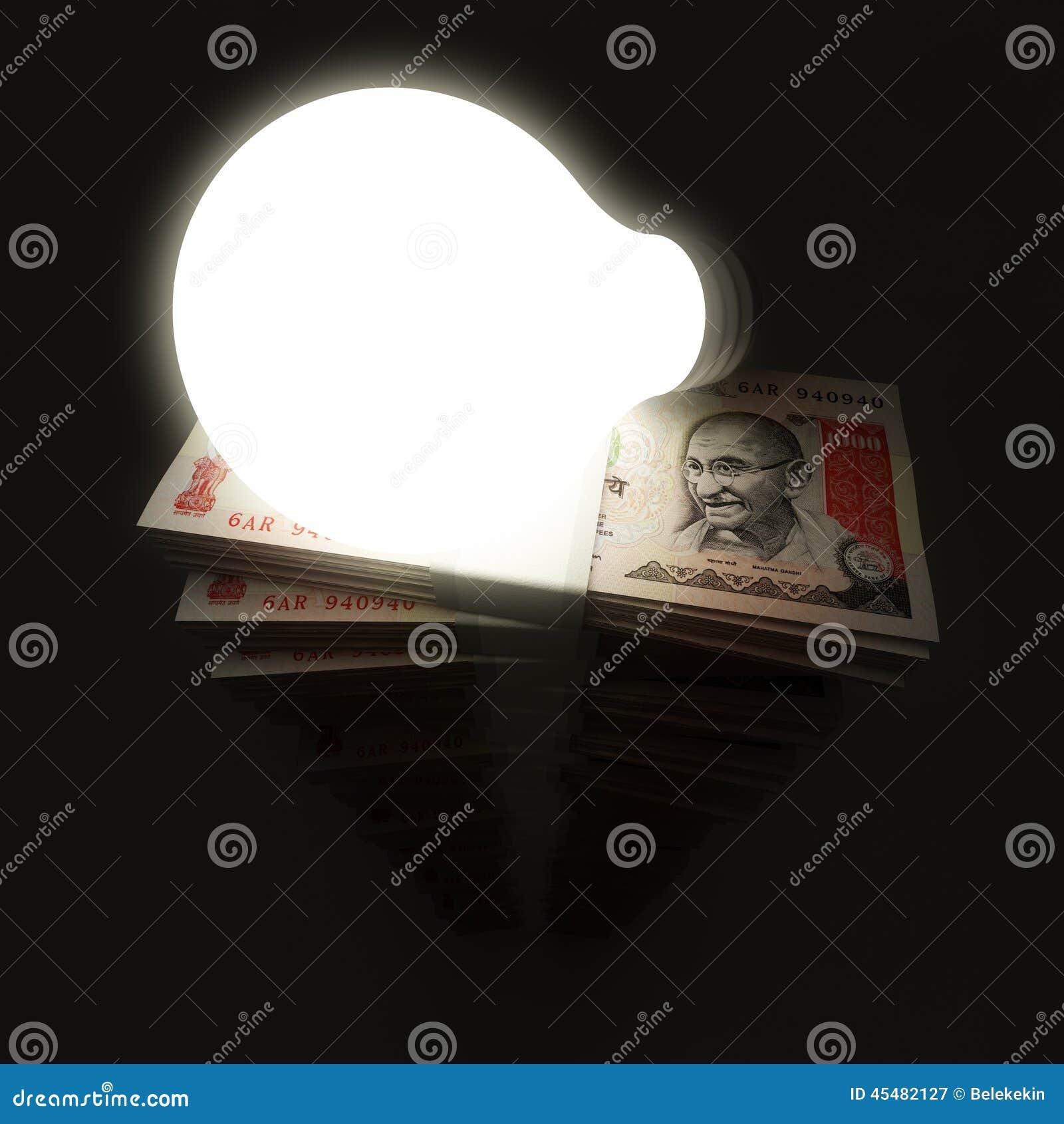 与电灯泡的卢比堆