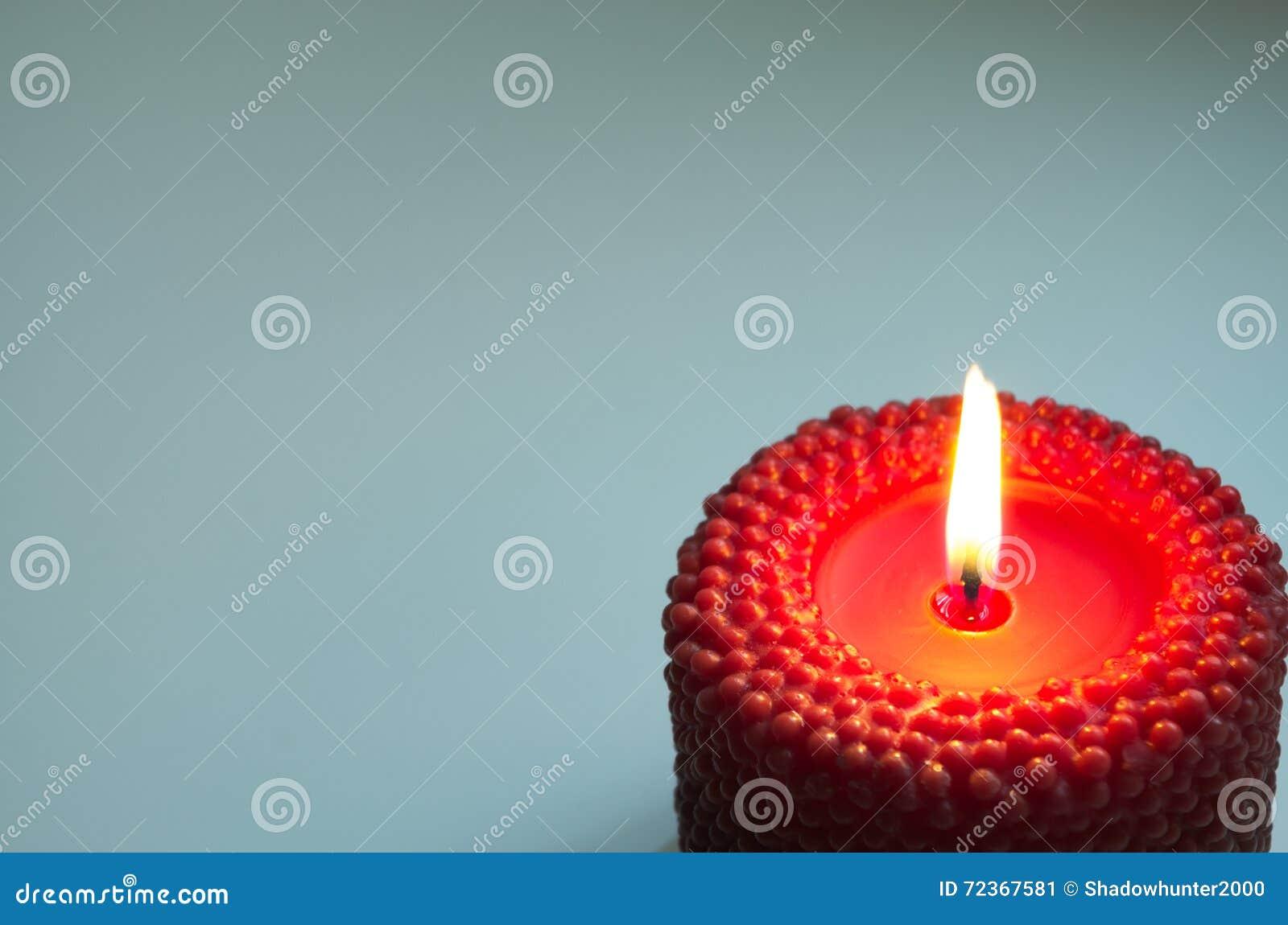与红色蜡烛的背景