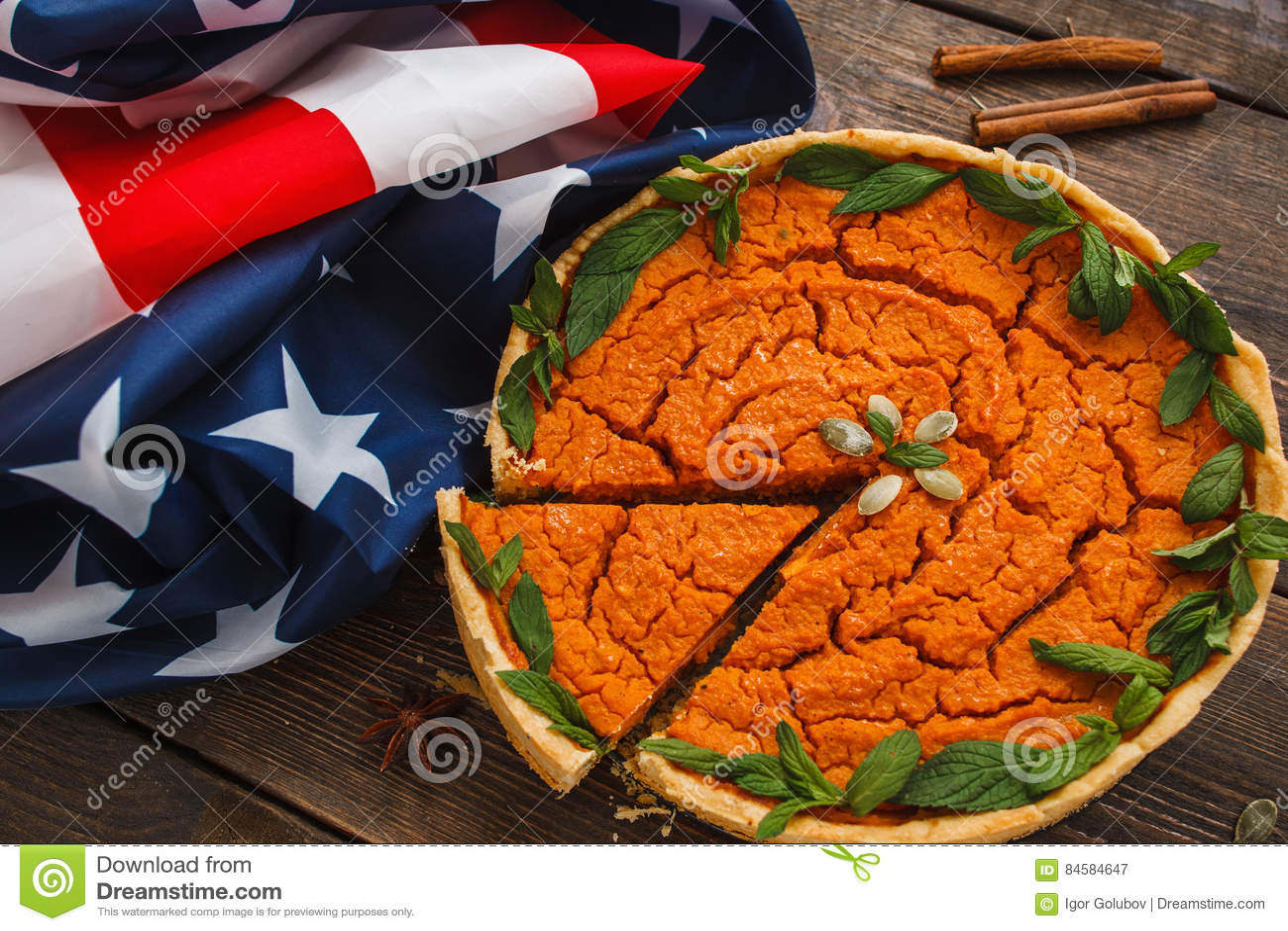与美国国旗舱内甲板位置的南瓜饼
