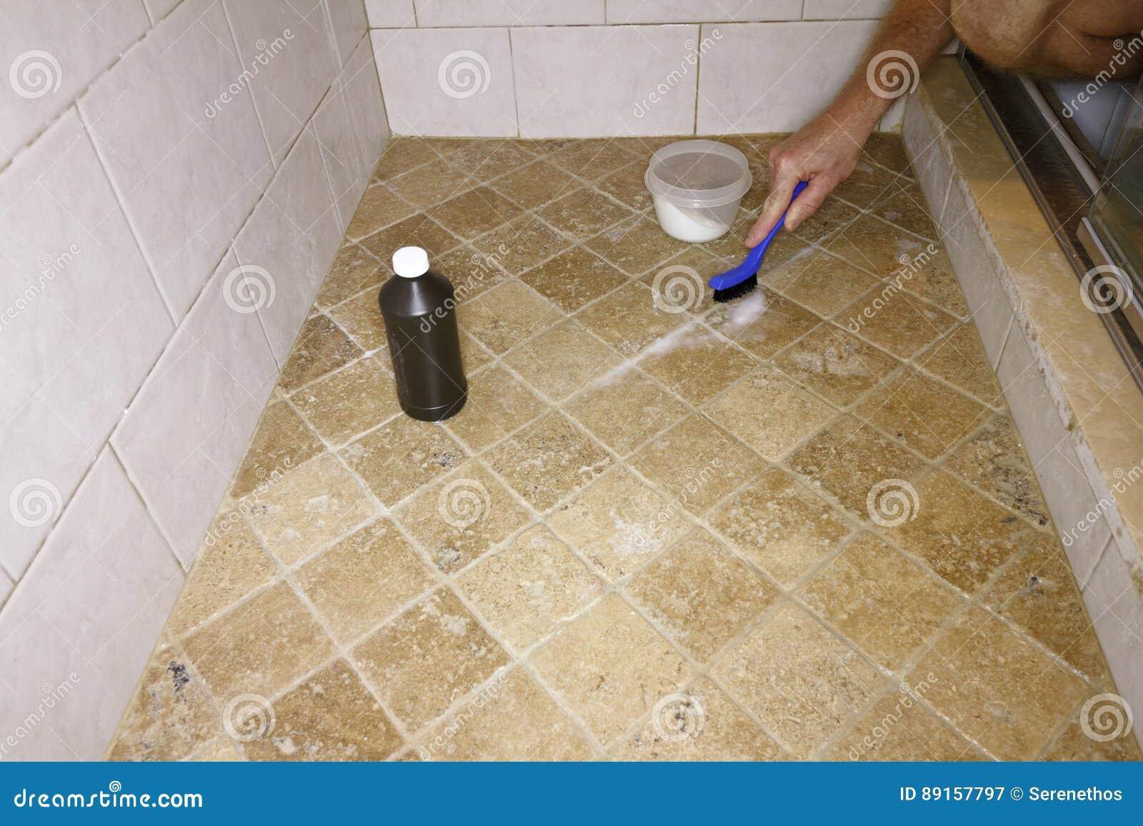 与自然成份的清洗的水泥