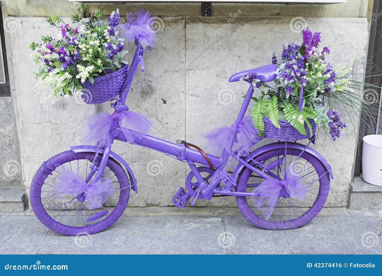与花的自行车