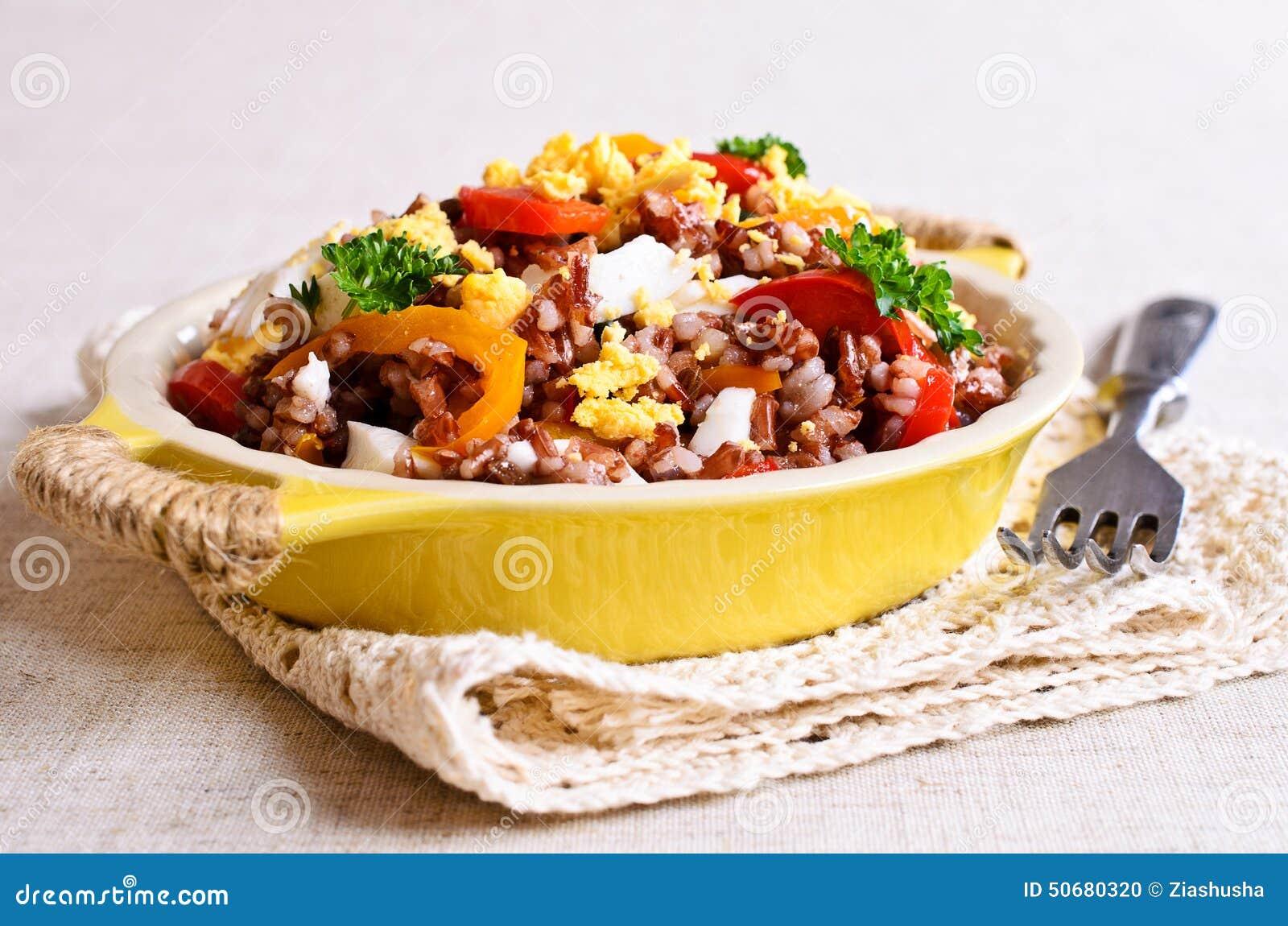 Download 与菜和鸡蛋的糙米 库存照片. 图片 包括有 browne, 可口, 健康, 美食, 牌照, 午餐, 油煎 - 50680320