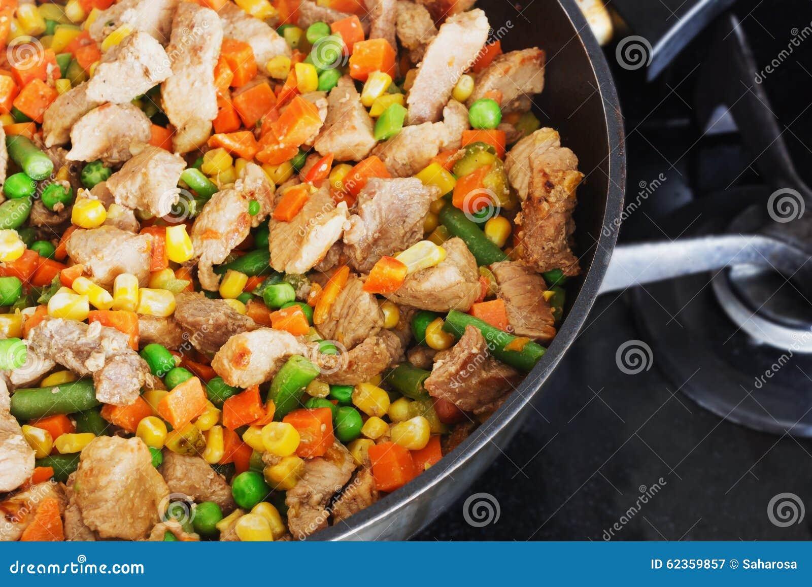 与蔬菜的被炖的品种木耳价格产量及猪肉图片