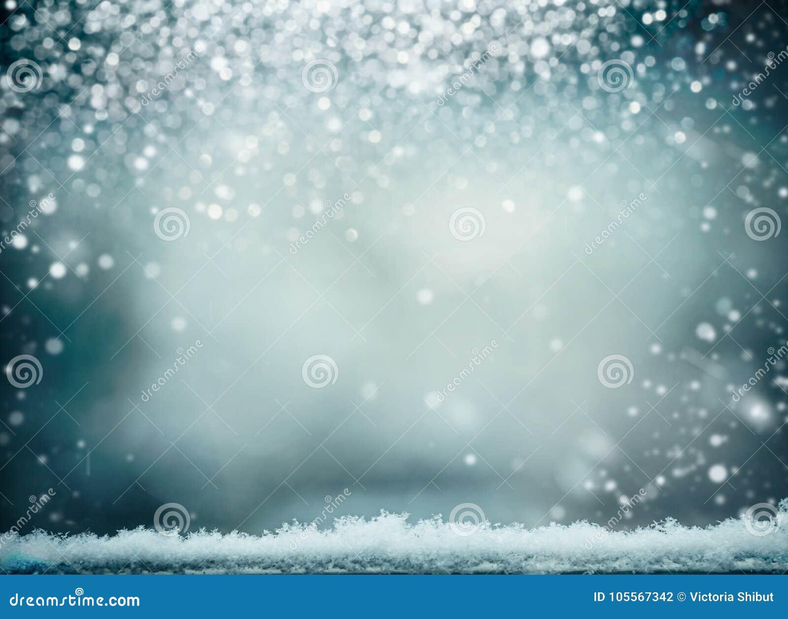 与雪的美妙的冬天背景 寒假和圣诞节