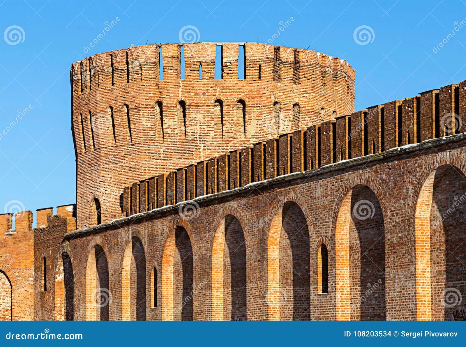 与高城垛的斯摩棱斯克堡垒大砖塔