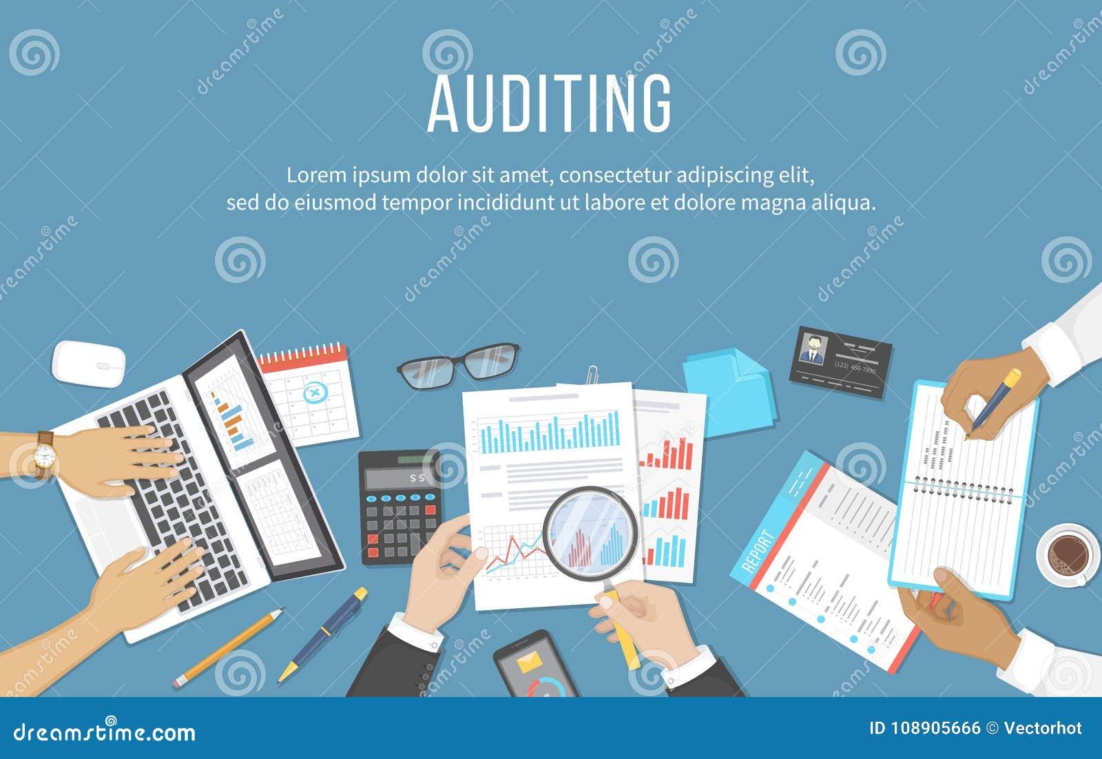 业务会议,审计,演算,数据分析,报告,会计 书桌的人们在工作