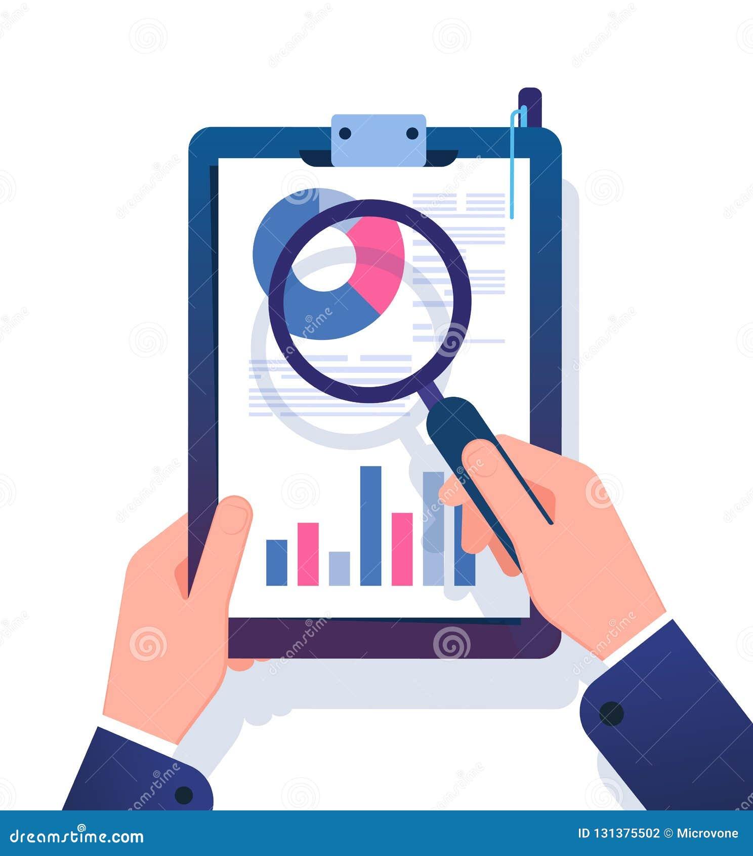 业务报告概念 研究与放大镜的商人财政办公室文件 数据分析传染媒介