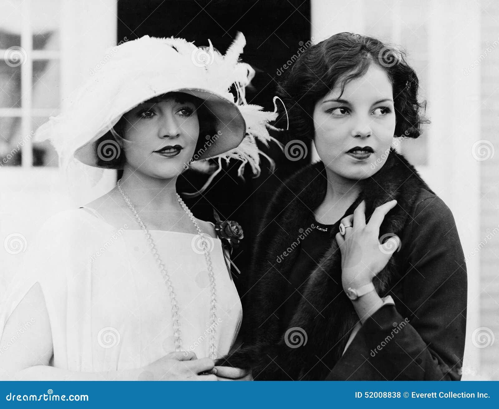 两名妇女画象(所有人被描述不更长生存,并且庄园不存在 供应商保单将没有