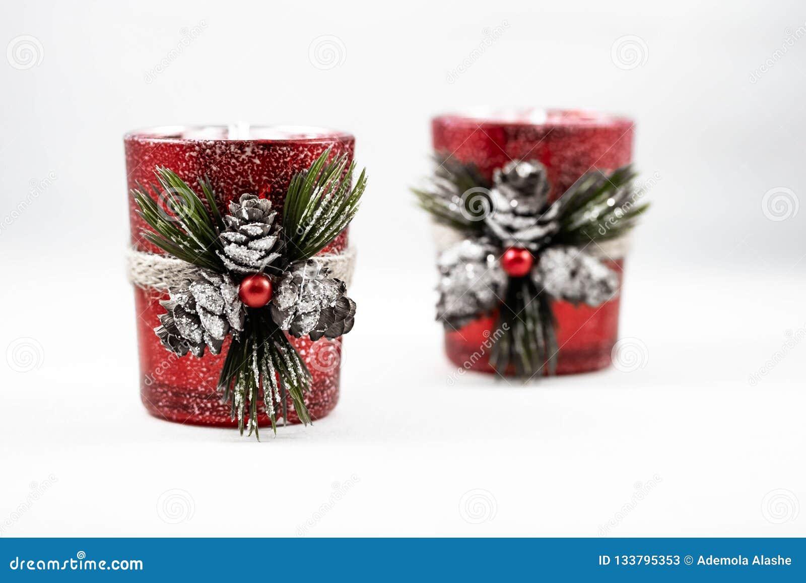 两圣诞节装饰品的图象