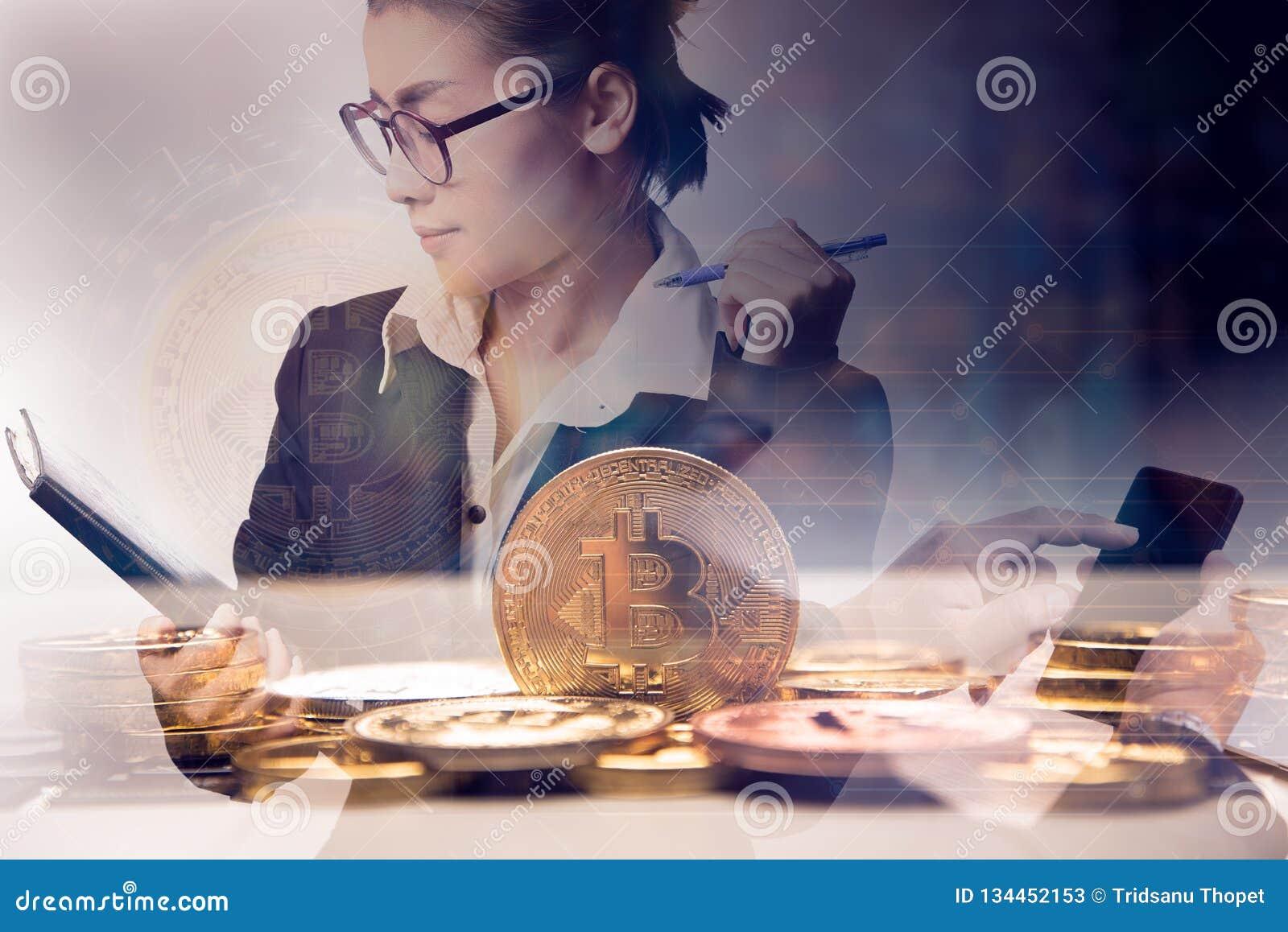 两次曝光女商人与被咬住的硬币的藏品图