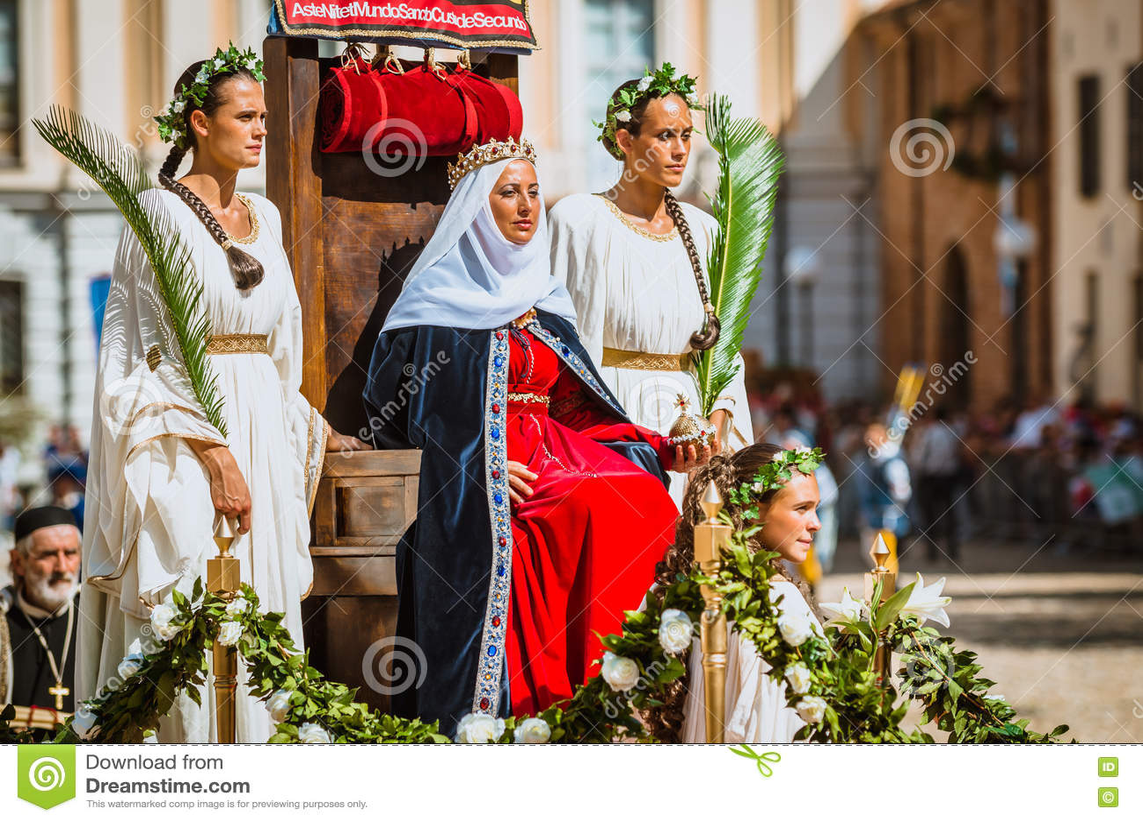 中世纪公主坐王位