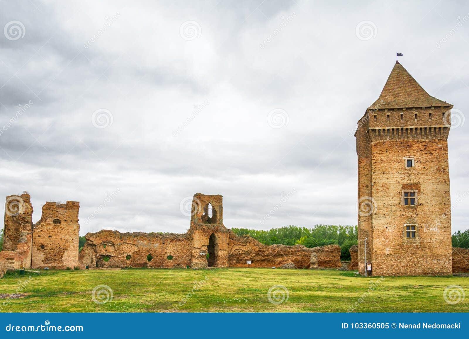 中世纪堡垒Bac在塞尔维亚