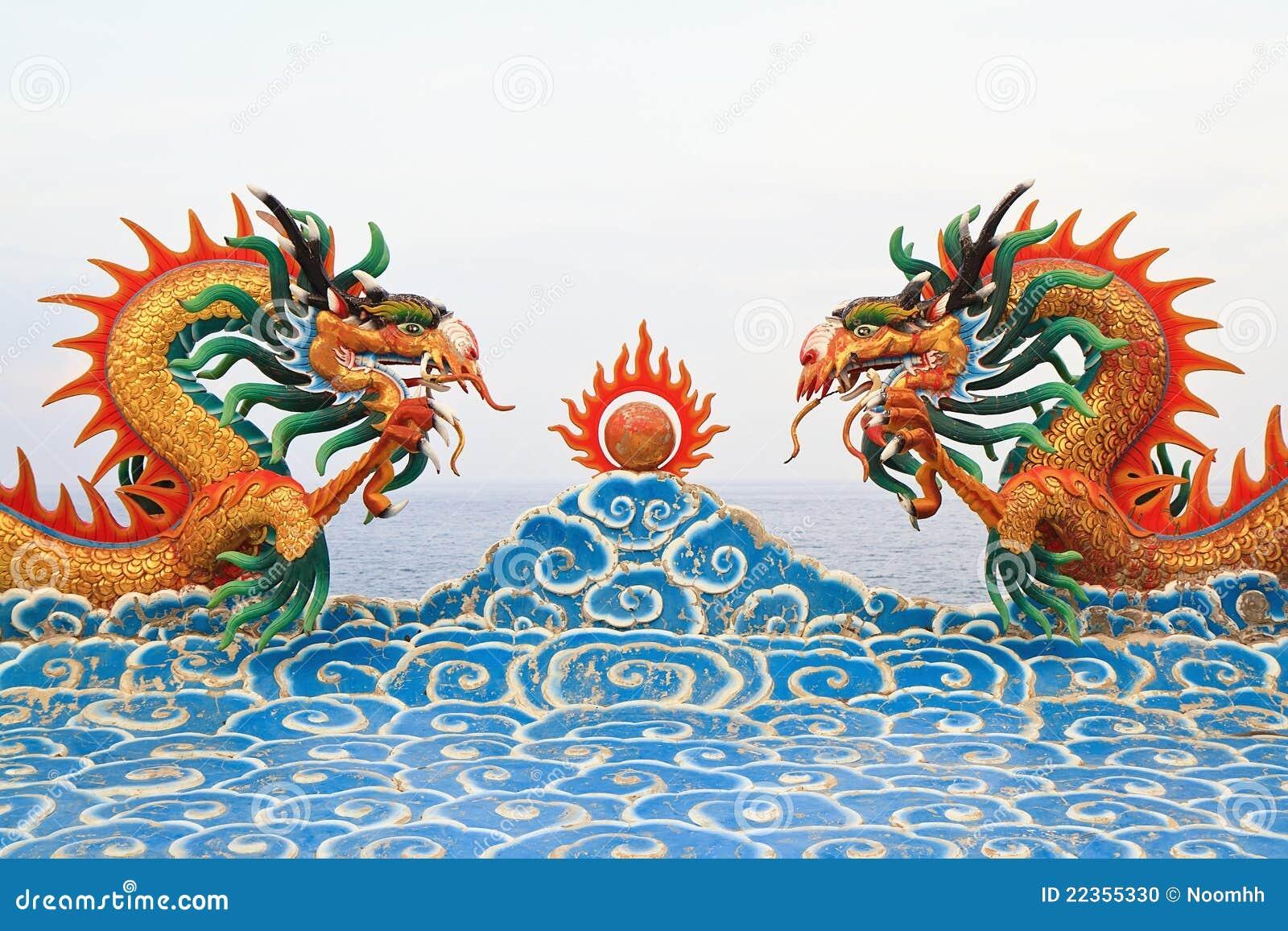中国龙雕象二