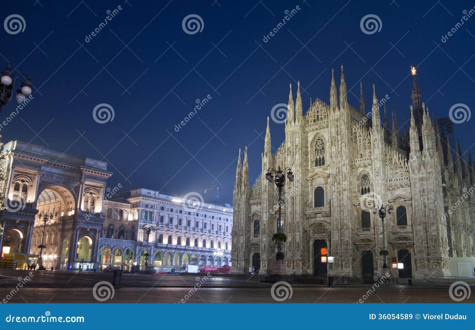 中央寺院二米兰和圆顶场所维托里奥Emanuele