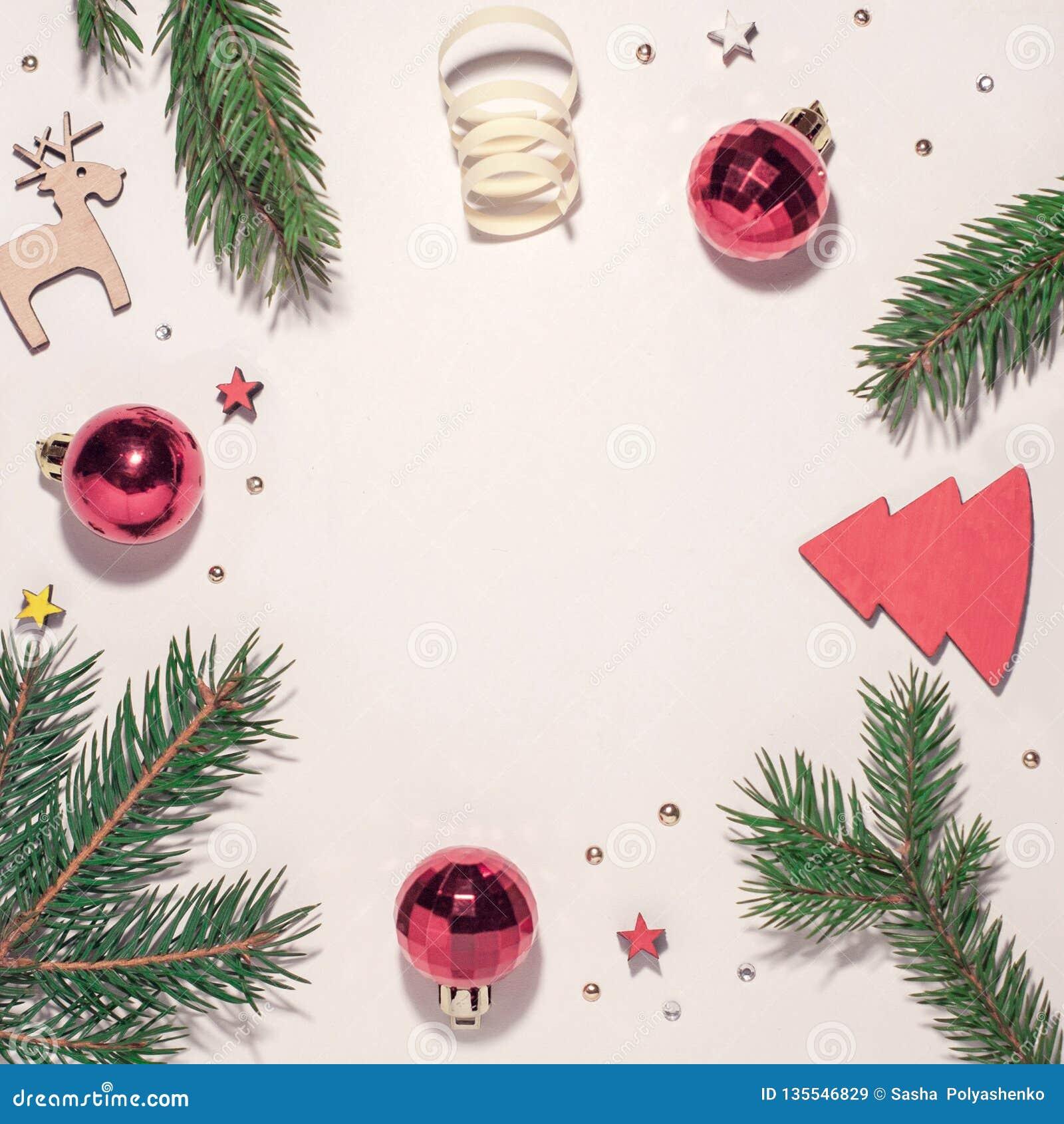 中看不中用的物品蓝色圣诞节构成玻璃 圣诞树分行