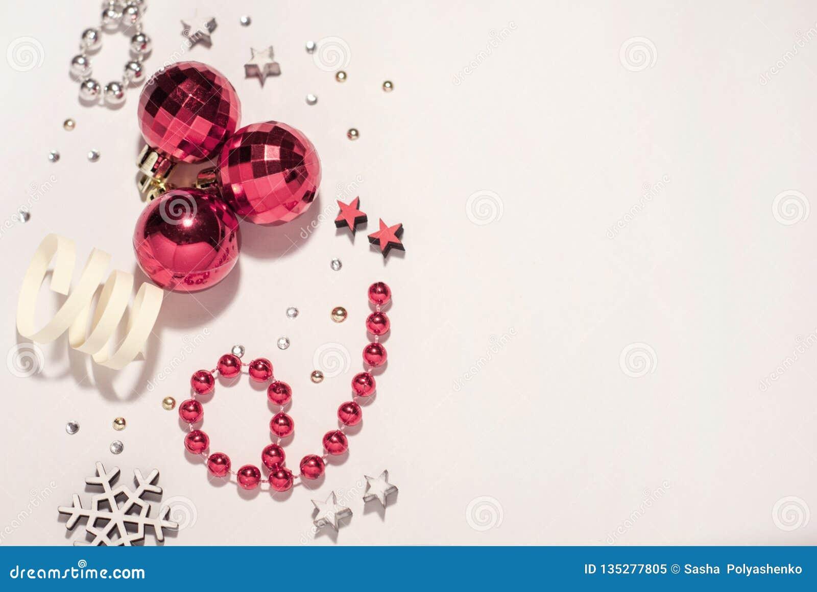 中看不中用的物品蓝色圣诞节构成玻璃 圣诞节球,红色