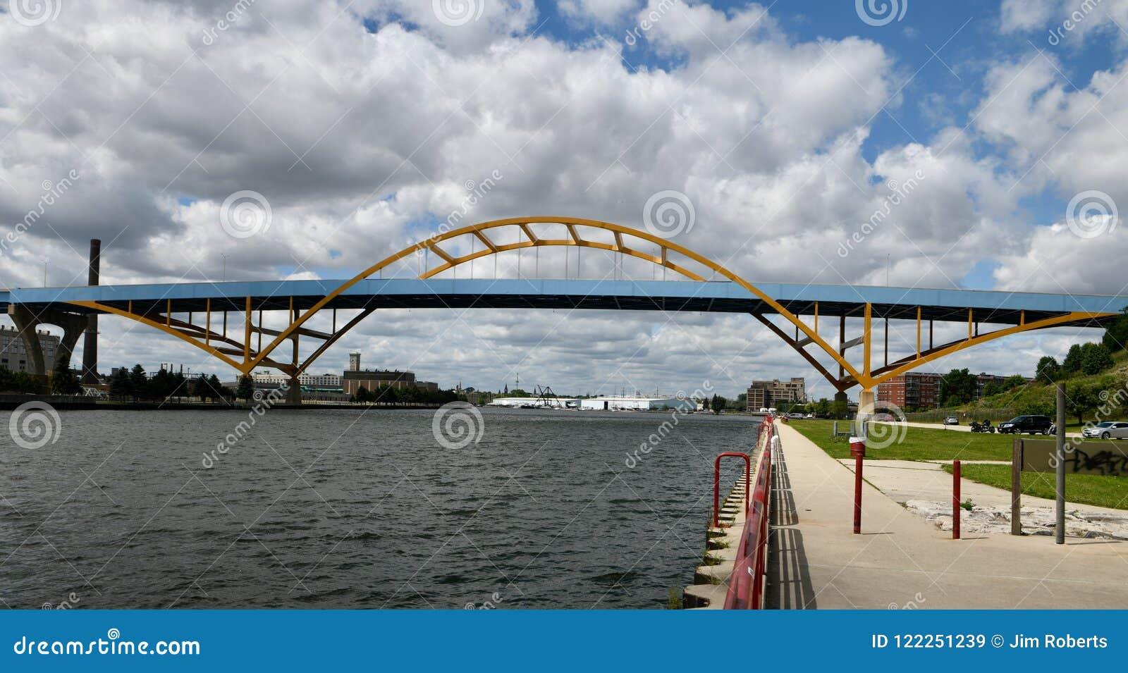 丹尼尔Hoan纪念品桥梁