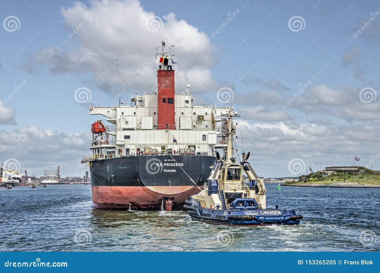 为阿姆斯特丹一定的货轮